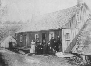 Roach Farm, Ste-Julienne c. 1904, photo printed and mounted in Montreal (St-Henri). See updates page 1123 for detailed identifications